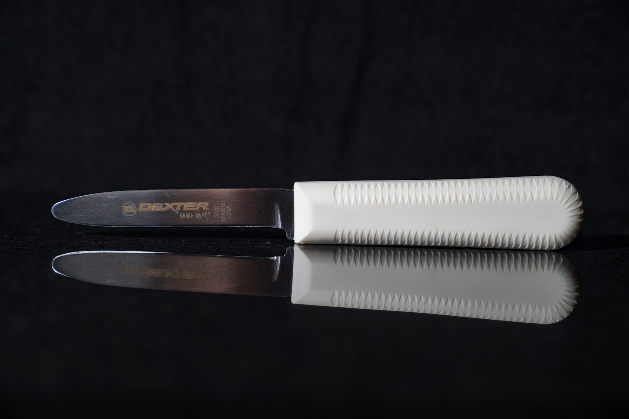 Clam Shucking Knife with White Handle